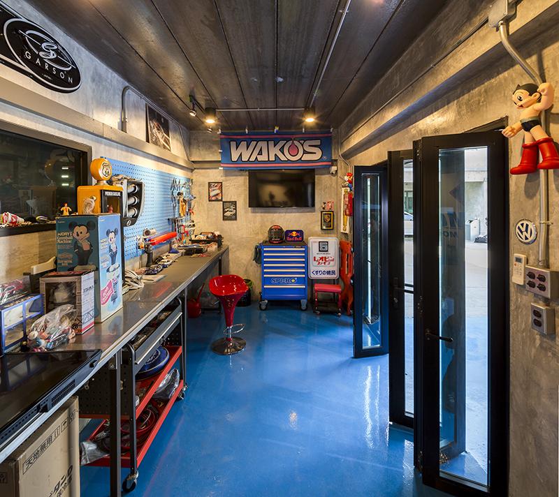 ข้างๆ พื้นที่ service มีห้องทำงานอดิเรก ที่มีเครื่องไม้เครื่องมือพร้อม